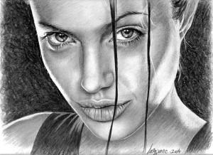 Портрет выполнен карандашом.