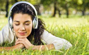 15 сайтов, где можно скачать аудиокниги бесплатно